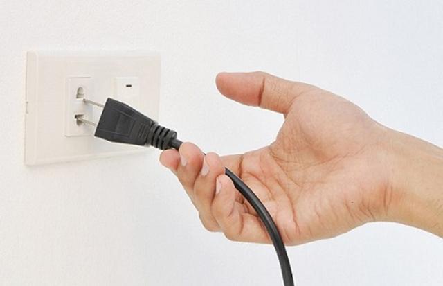 Nguồn điện sử dụng cho máy phải ổn định