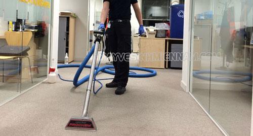 Máy giặt thảm giúp văn phòng sạch đẹp hơn