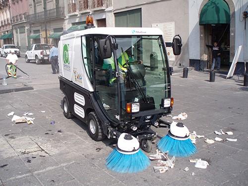 rác thải trên đường sẽ được hút hết