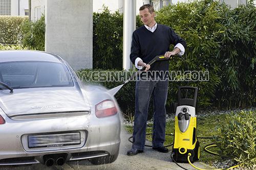 máy rửa xe mini sử dụng trong gia đình